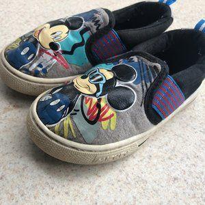 Mickey Mouse Toddler Boy's black/Gray Slip On shoe